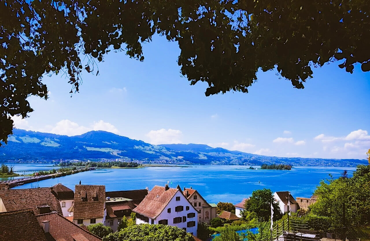 Rapperswil is an excellent day trip from Zürich.